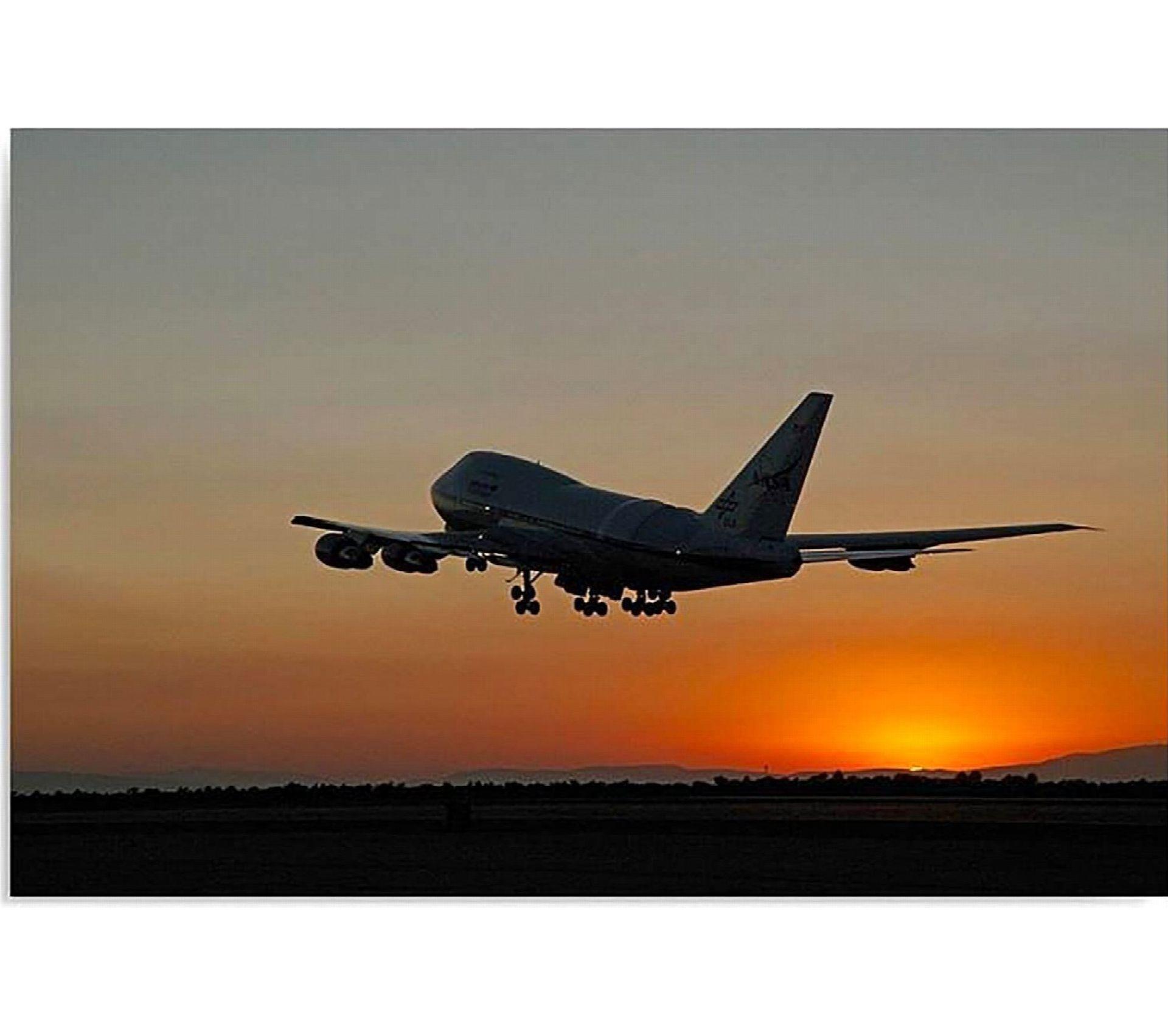 Etagere Avion Chambre Bebe tableau avion la nuit 70 x 50 cm
