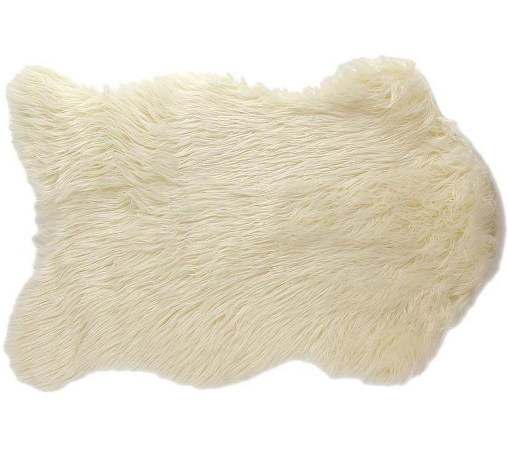 Tapis Fausse Fourrure Cocoon 60 X 90 Cm Blanc Tapis Salon Et