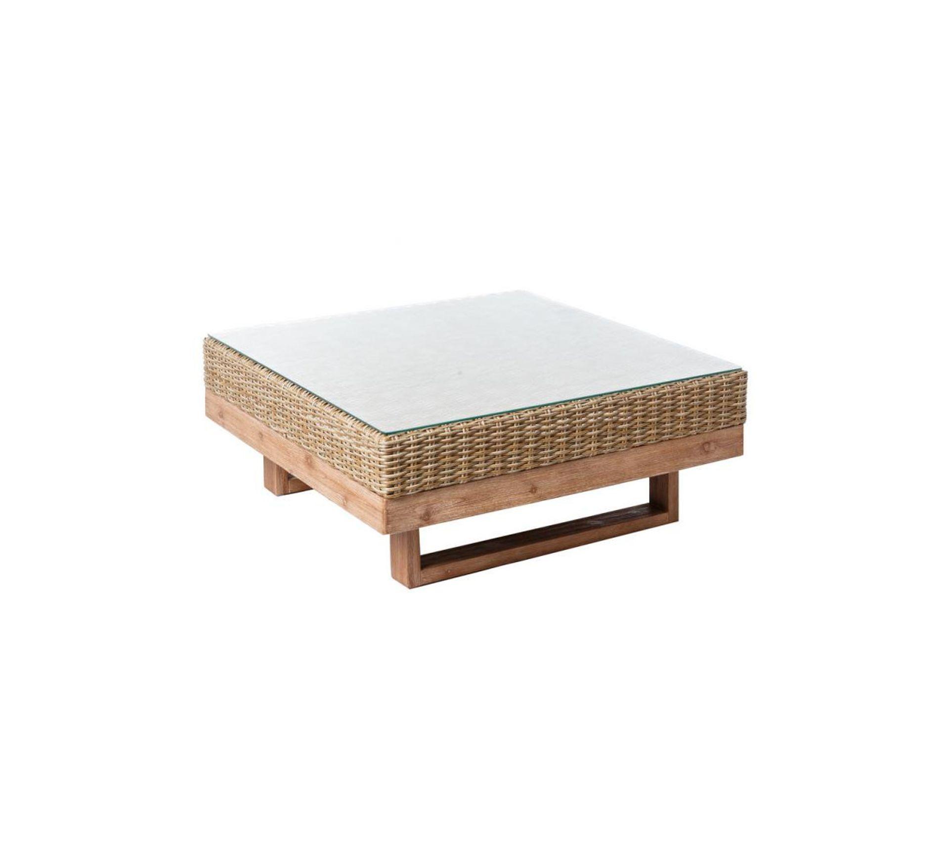 Table Basse D Exterieur Bois D Acacia Rotin Rinca Table Basse